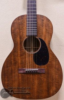Martin Custom 00-12 Acoustic Guitar With Flamed Mahogany Top, Back, and Sides & East Indian Rosewood Fretboard - SN2199365