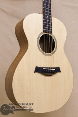 Taylor Academy 12e Lefty