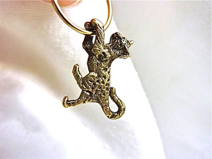 bengal-hoop-earring-14kt.jpg