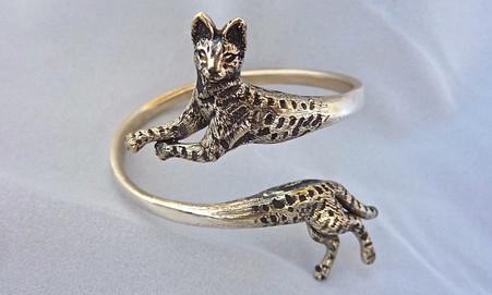 Savannah Bracelet size varies