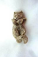 Kitten Hanging Pendant 14k Gold