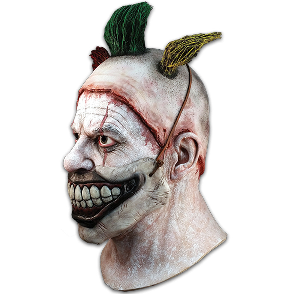 https://d3d71ba2asa5oz.cloudfront.net/12013655/images/american_horror_story_twisty_clown_unmasked_2.jpg