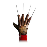 Trick or Treat Studios A Nightmare On Elm Street Deluxe Freddy Krueger Glove