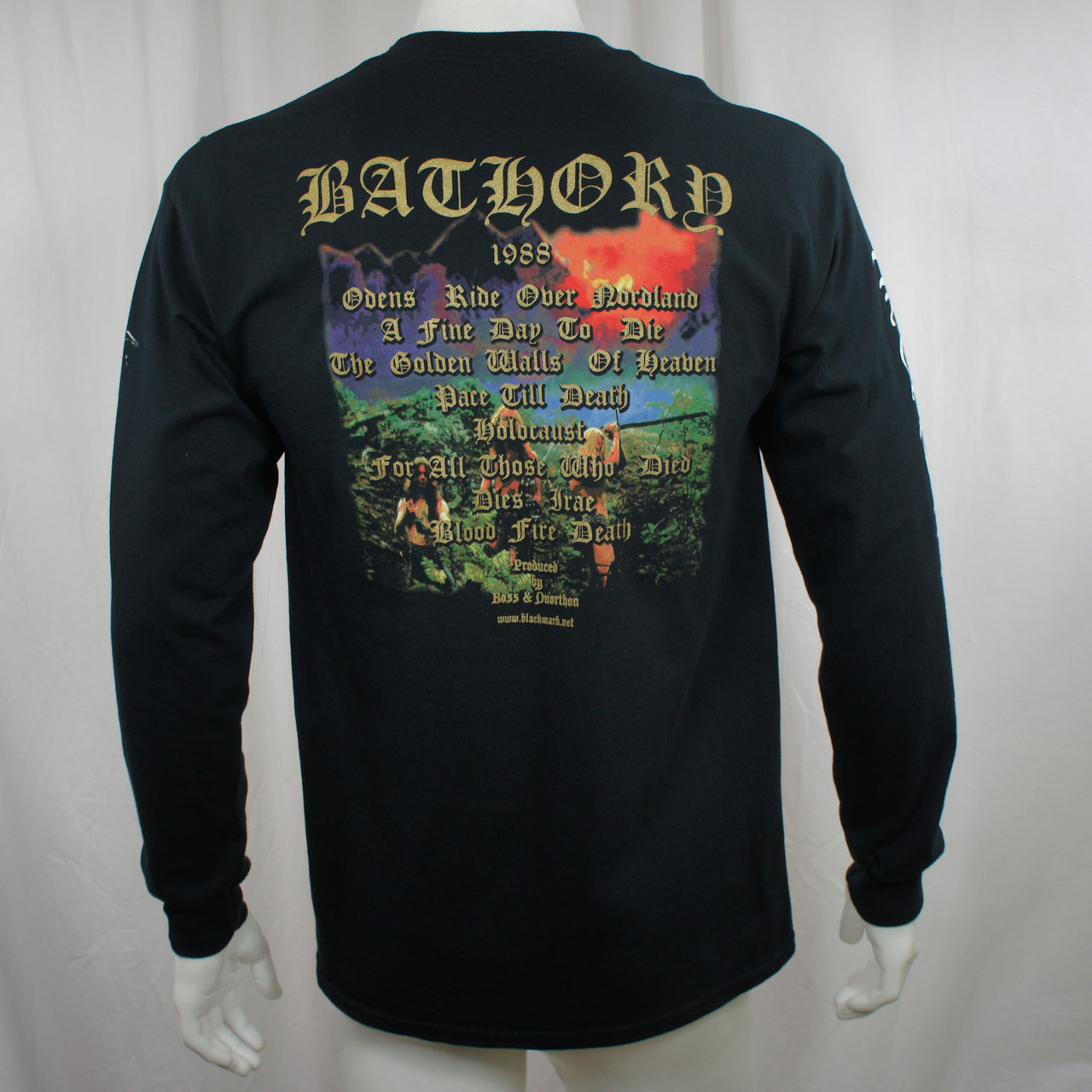 http://d3d71ba2asa5oz.cloudfront.net/12013655/images/10054252_c%20bathory%20blood%20fire%20death-225.jpg
