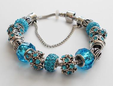 Blue accents woman Bracelet bangle.