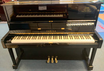 Certified Reconditioned Yamaha U1 Polished Ebony Upright Piano