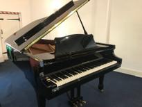 Samick NSG186 Grand Piano