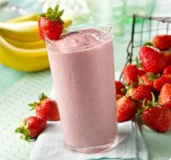 StrawberryBananaSmoothie1