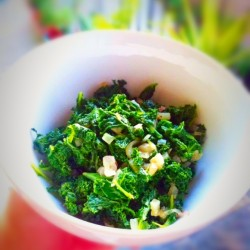 kale-with-coconut-oil