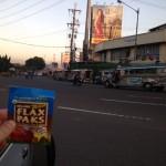 Ian brings a flax pak to Manilla.
