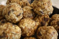 no-bake-oatmeal-balls