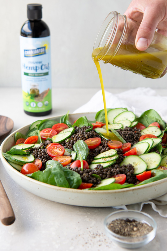 Spinach and Lentil Salad with Hemp Oil Dressing