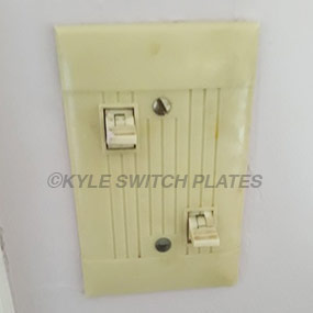 info-pyramid-low-voltage-2-ilght-switches-example.jpg