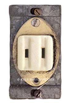 Single Vintage Plug