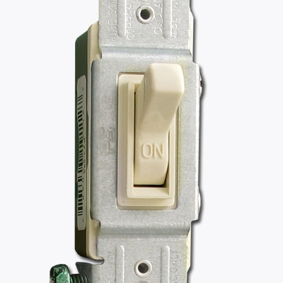 Regular toggle light switch description