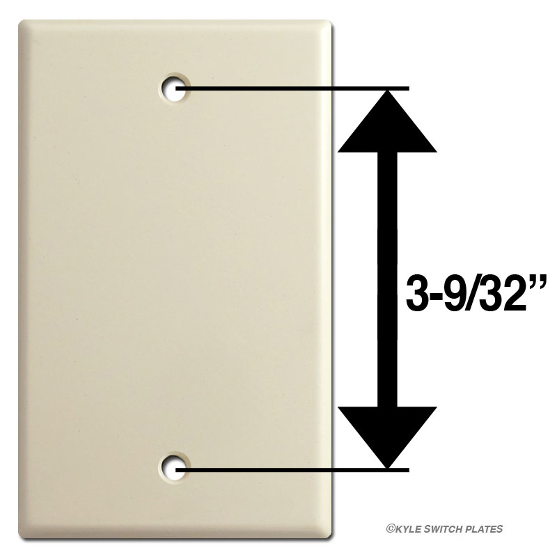 Box mount screw placement and spacing on blank switchplate