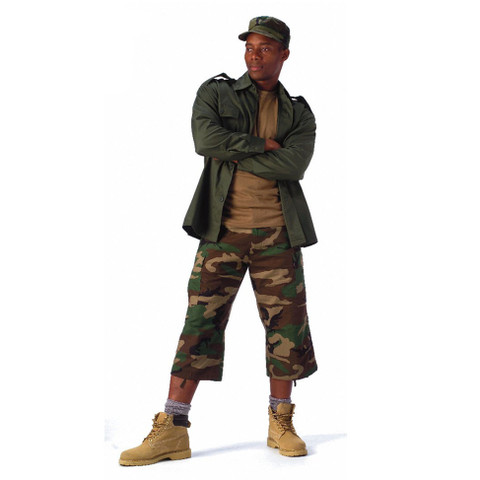 Camo 6 Pocket BDU 3/4 Pants - Model View
