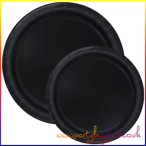 Midnight Black Round Paper Plates