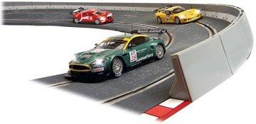 SCX 1/32 Digital System Banked Curve Slot Car Track