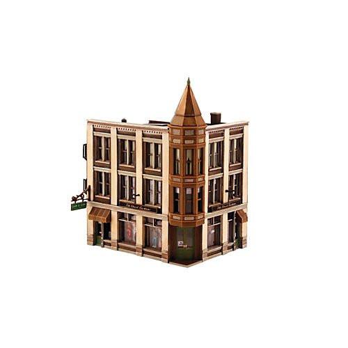 DPM Design Preservation Models HO Scale Kit Corner Department Store - 12800