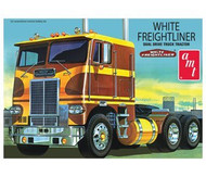AMT 1/25 White Freightliner Dual Drive Tractor Cab Model Kit - 620