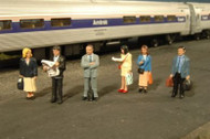 Bachmann SceneScapes O Scale Standing Platform Passengers - 33160