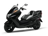 Aoshima 1/12 Yamaha Majesty C with Custom Parts Motorcycle Model Kit : 001684