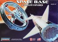 Lindberg 1/200 Space Base & Satellite Explorer Model Kit - 91008