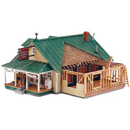 DPM Design Preservation Models HO Scale Kit Woody's Country Mart - 12900
