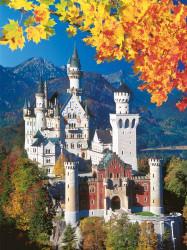 Ravensburger Neuschwanstein Castle in Autumn 1500 Piece Jigsaw Puzzle - 16386