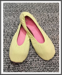 RIW Indoor Tee Shoes (L Size) Solid Yellow