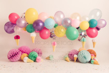 Designs by Honey Pie photography HPP_3733.photographers backdrops for  cake smash photoshoots