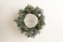 Elegant simple Xmas wreath 9034  ..