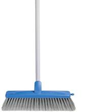 Oates General Indoor Broom w/handle