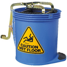 Rapidclean mop bucket with rollers and squeeze action