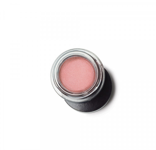 Creamy, long-wearing shadow applies with ease and dries down to a smooth, demi-matte finish. Buildable coverage formula may be applied sheer for a natural look or built up for extra drama. For increased intensity, apply a complementary shadow shade on top to maximize the effect. Formula is cake and crease resistant.