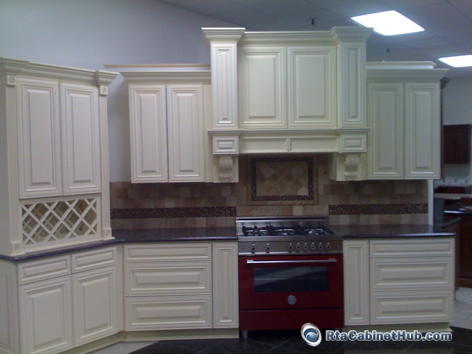 kitchen cabinets cream with glaze maple glaze vanilla rta kitchen cabinets 20238