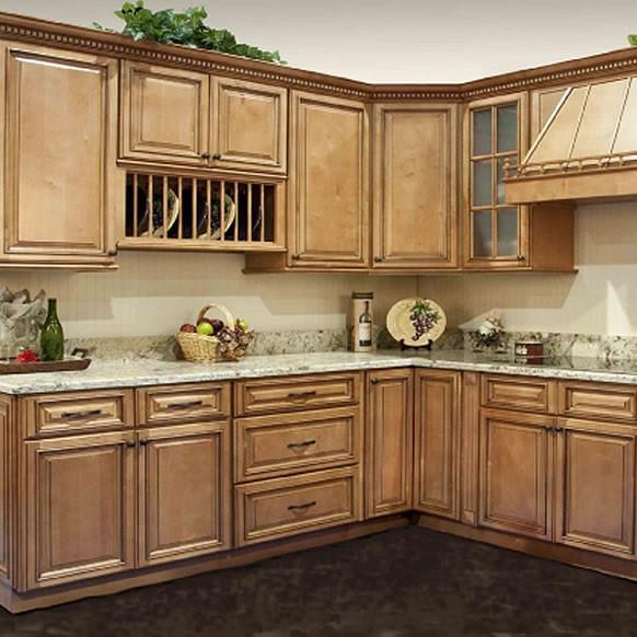 Kitchen Cabinet Set: Savannah Maple Kitchen Cabinet Set