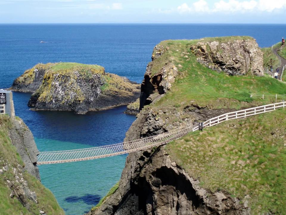 carrick-a-rede-bridge.jpg
