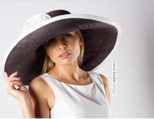 Mela Rosa Black & White