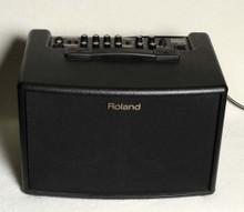 USED ROLAND AC60 ACOUSTIC AMP