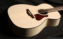 ART & LUTHERIE LEGACY QIT FADED CREAM