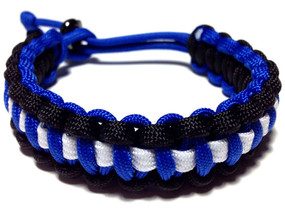 Cobra 550 Paracord Bracelet (Blue/Black/White)