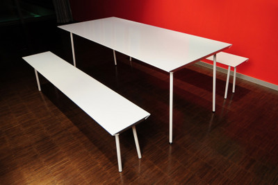 Air Table White