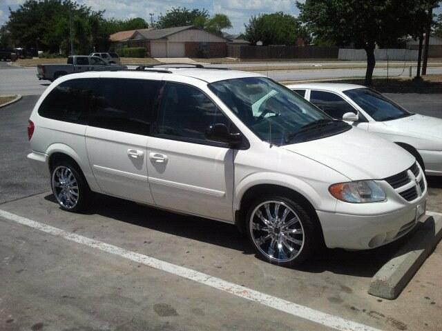 2006-dodge-caravan.jpg