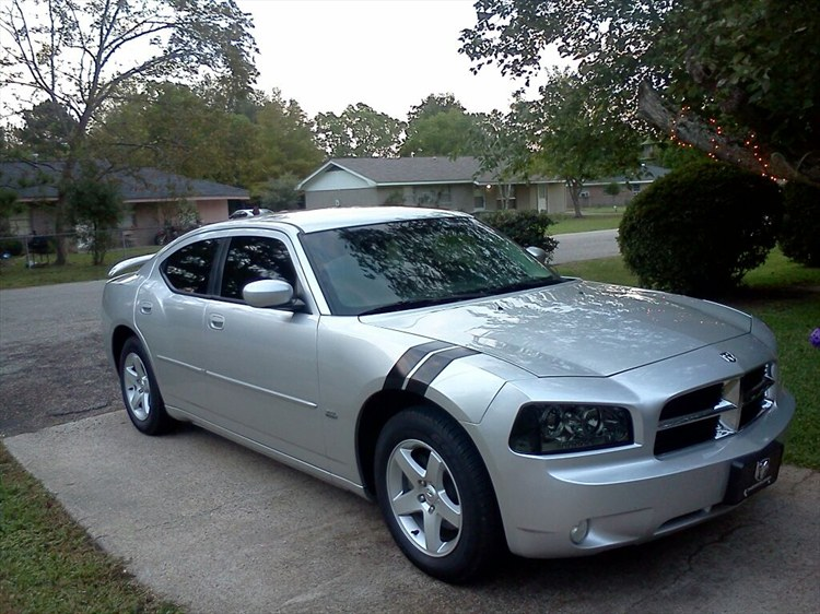 2010-dodge-charger.jpg