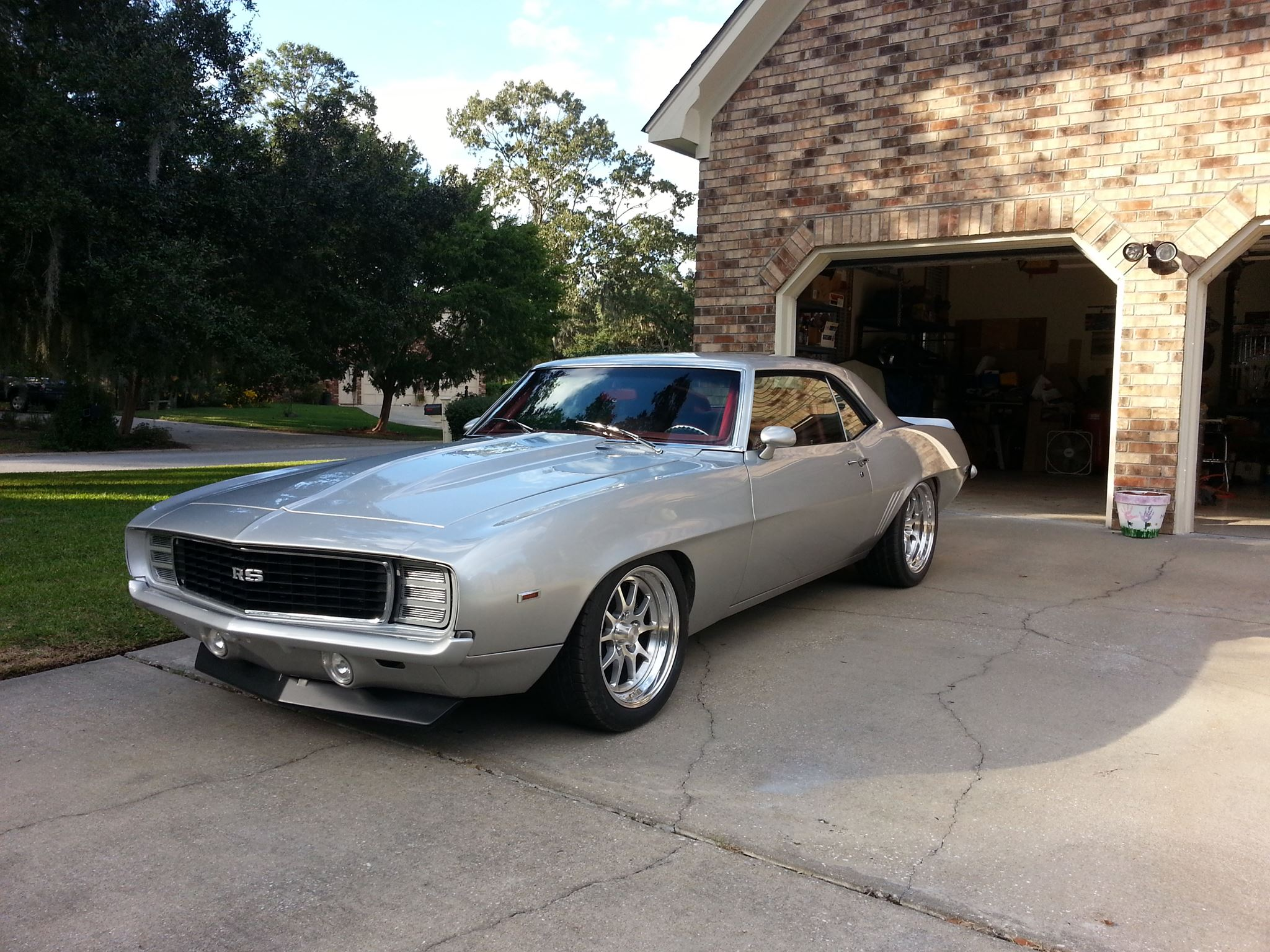69-camaro-full-of-spectrum.jpg