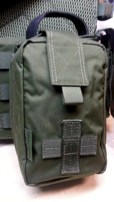 warrior-assault-systems-rip-away-pouch-side-plb-mounted.jpg