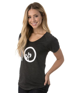 WOMEN'S LEAF TEN TEE