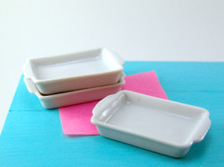 Dollhouse Miniature Casserole Dish Rectangular, Larger Size - 1/12 scale